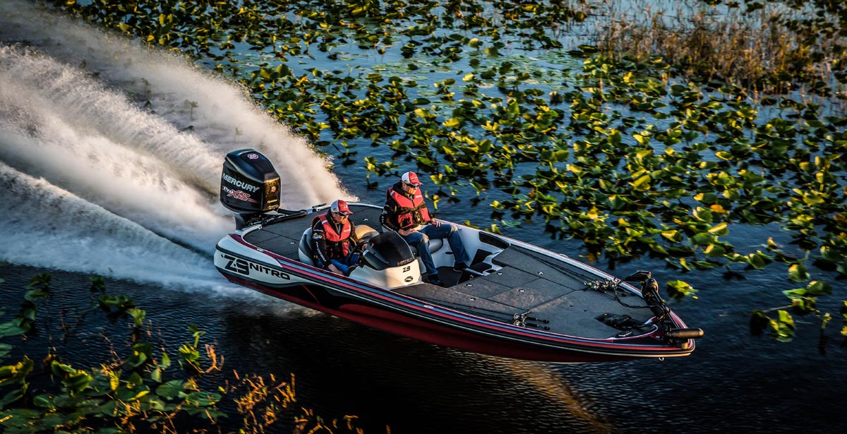 bass boat running photography